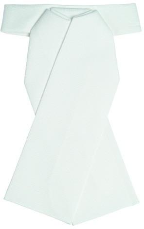 Cravate de vénerie nœud préparé